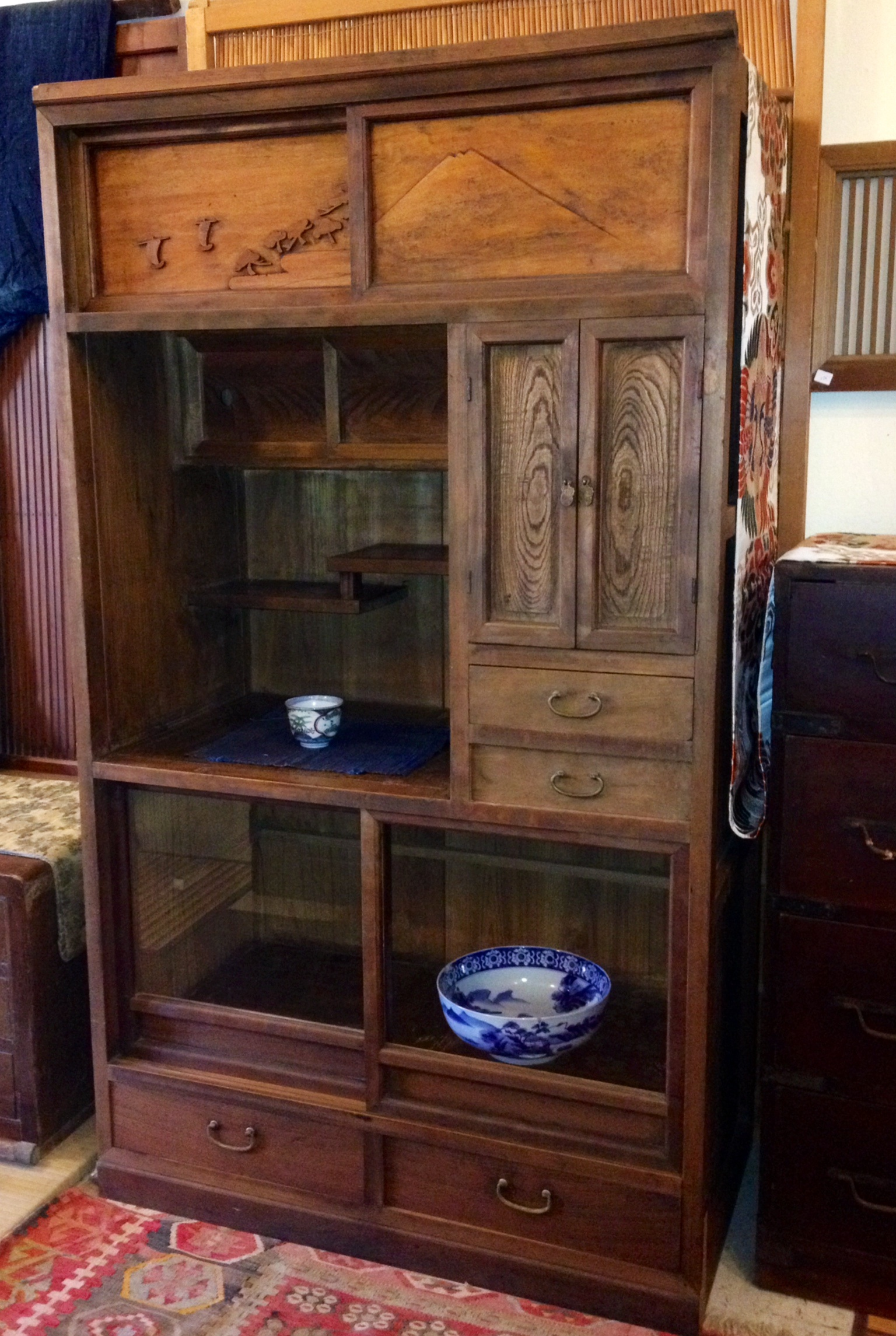 Japanese old cha tansu hana for Old asian furniture